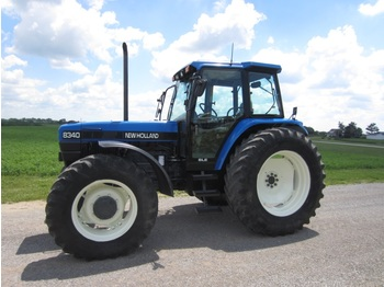 Radtraktor NEW HOLLAND 8340