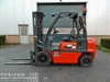 Nissan FD02A250, Triplex, Freelift, Side-Shift. Gabelstapler