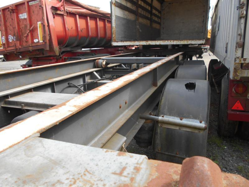Container/ Wechselfahrgestell Auflieger Asca