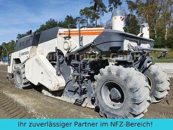 Bodenstabilisierer Wirtgen WR 250 Kalkfräse Bindemittelmisch Bodenstabilis.