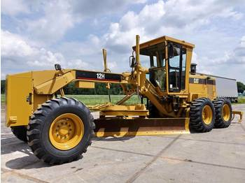Grader CAT 12H 3306 Engine / new tires