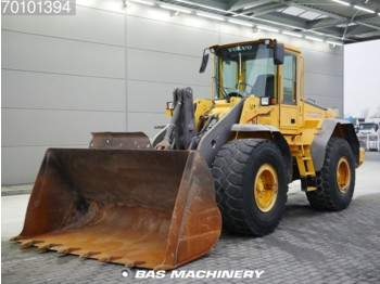 Lader Volvo L110E German machine - bucket with tips