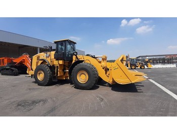 Radlader Caterpillar 980 L (unused with QC, bucket and forks)