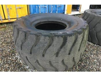 Radlader Caterpillar 988 Reifen Tyres Michelin XLD