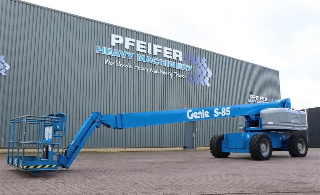 Teleskopbühne Genie S85