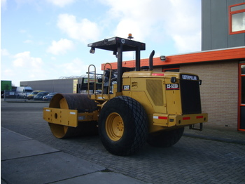 CATERPILLAR CS533D - Walzen