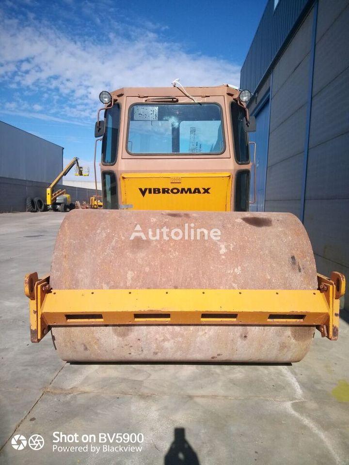 Walzenzug VIBROMAX 1102