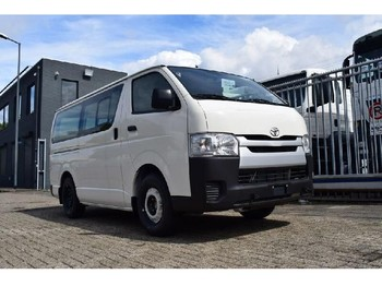 Kleinbus Toyota HiAce LOW ROOF