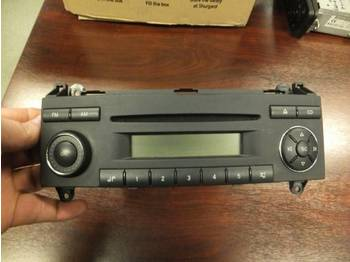 Mercedes Benz 4x radio/cd - Armaturenbrett
