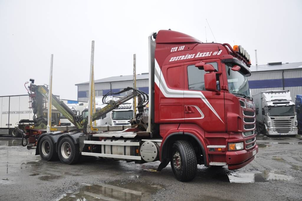 Holztransporter SCANIA R560LB6X4HSA