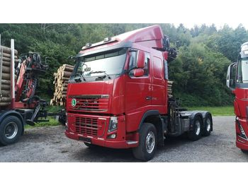 Holztransporter Volvo F600 6x4