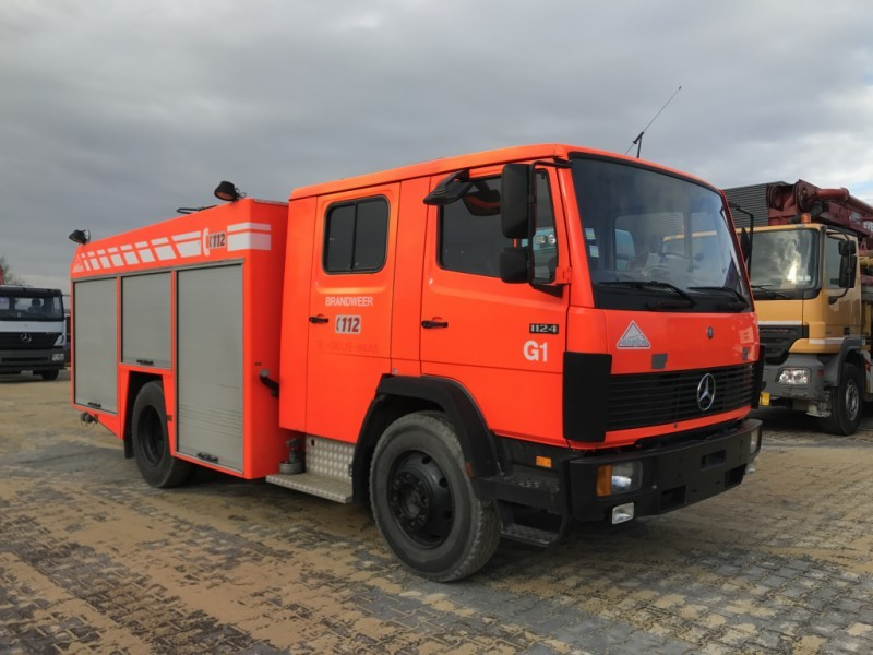 mercedes-benz 1124 f firetruck / feuerwehr feuerwehrfahrzeug
