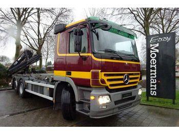 Abrollkipper Mercedes-Benz 2546 6x2 Abrollkipper Mit Kran