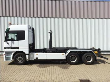 Abrollkipper Mercedes-Benz Actros 2646 L /6x4 Actros 2646 L 6x4 mit Hiab Multilift