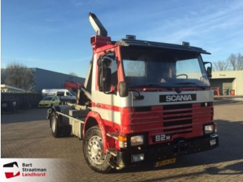 Abrollkipper Scania PM 82 4x2 manual haakarmsysteem