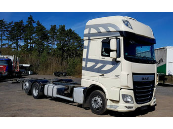 Containerwagen/ Wechselfahrgestell LKW DAF XF 105.460