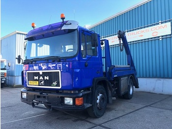 MAN 18.232F FULL STEEL CHASSIS WITH NOOTEBOOM CONTAINERSYSTEM (6 CILINDER ENGINE / MANUAL GEARBOX) - Containerwagen/ Wechselfahrgestell LKW