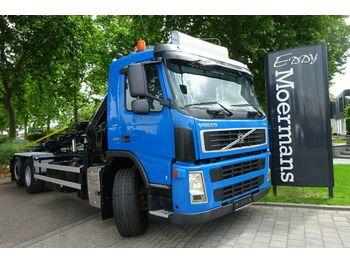 Containerwagen/ Wechselfahrgestell LKW Volvo FM 400 6x2 Kran Mit Container