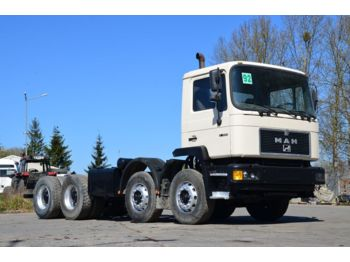 MAN 32.322 chassis 8x4 model 1993 - Fahrgestell LKW