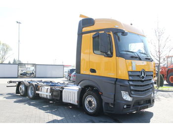 MERCEDES-BENZ 6x2 ACTROS 2542 L E6 MEGA LOW DECK BDF CHASSIS - Fahrgestell LKW