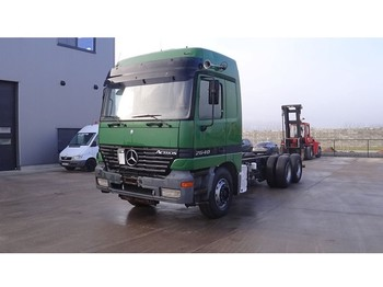 Mercedes-Benz Actros 2640 (BIG AXLE / MANUAL GEARBOX / 6X4 / 10 TIRES) - Fahrgestell LKW