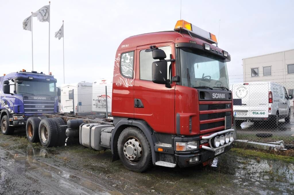 Fahrgestell LKW SCANIA 124 GB6X2NB400