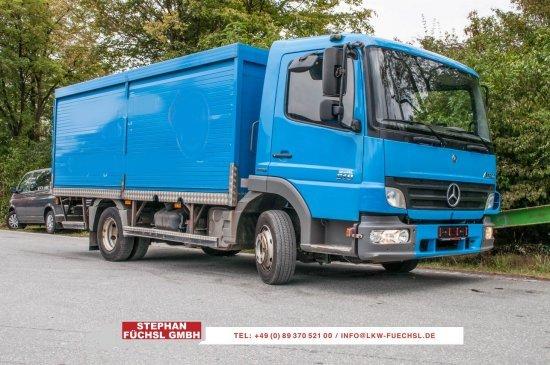 Getränkeaufbau LKW Mercedes-Benz Atego 818 Getränkekoffer Rolladen 145tkm!