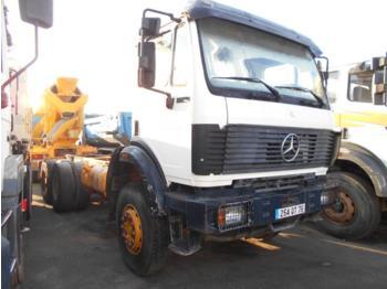 Tank LKW Mercedes 2631