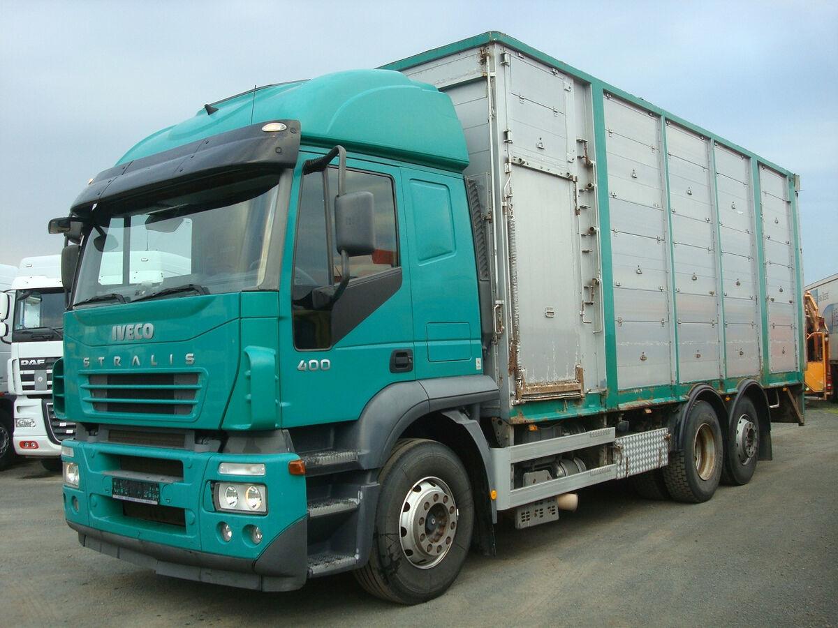 Tiertransporter LKW Iveco Stralis 400 - KÖPF 3-Stock Viehaufbau