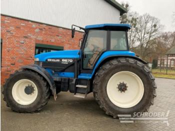 New Holland 8670 super steer - Radtraktor
