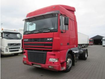 Sattelzugmaschine DAF XF 430 Spacecab Manual gearbox