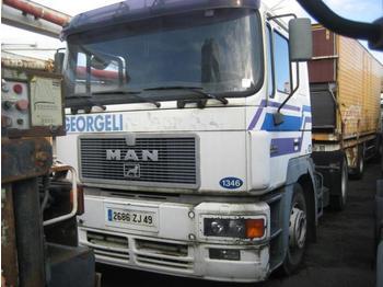 Sattelzugmaschine MAN F2000 19.343
