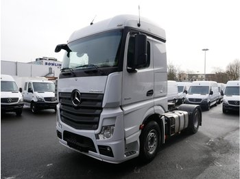 MERCEDES-BENZ Actros 1845 Streamspace Voith L954498 - Sattelzugmaschine