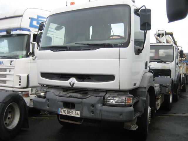 Sattelzugmaschine Renault Kerax 370