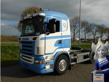 Scania R420 MANUAL - Sattelzugmaschine