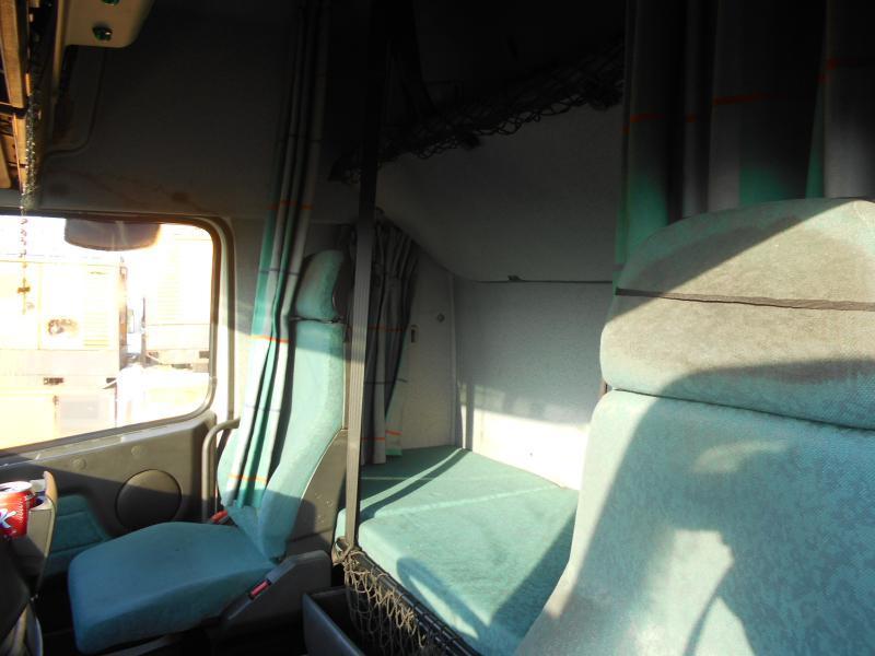 Sattelzugmaschine Volvo FH12 460