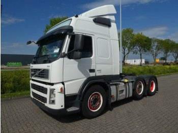 Sattelzugmaschine Volvo FM 13.440 6x2 manual low km