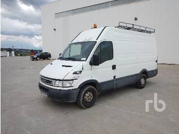 Koffer transporter IVECO DAILY 35S12