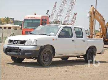 NISSAN Crew Cab 4x2 - Pick-up