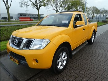 Nissan Navara 2.5 dci king cab se 4wd - Pick-up