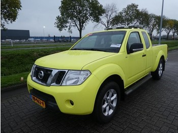 Pick-up Nissan Navara king cab 2.5 dci se