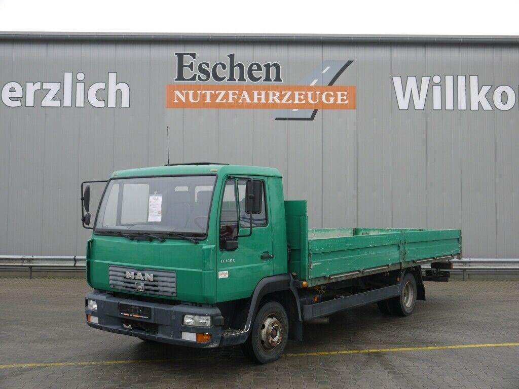 Pritschenwagen MAN 8.145 LLC Pritsche, 2. Hand, 3 Sitze, Blatt/Luft