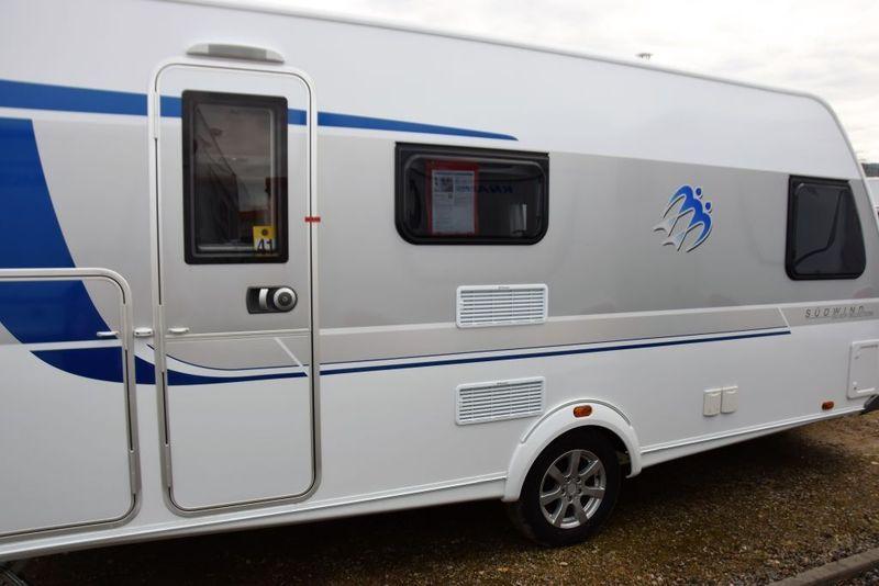 Wohnwagen Etagenbett Knaus : Knaus sonstige als pickup camper in adendorf bei caraworld